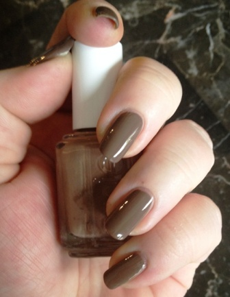 Essie Fierce, No Fear Swatch