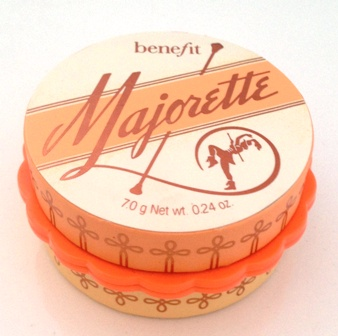 Benefit Majorette Closed