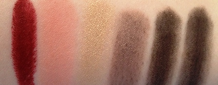 MAC A Novel Romance Swatches