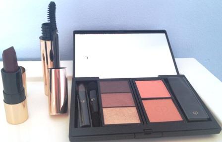 Cle De Peu Celestial Beauty Makeup Coffret Open