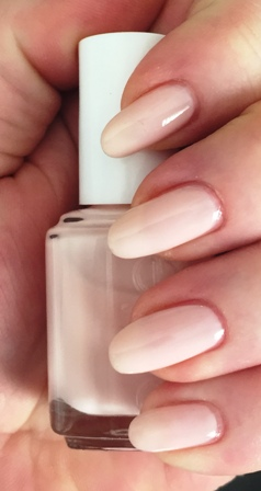 Essie Tying The Knotie Swatch