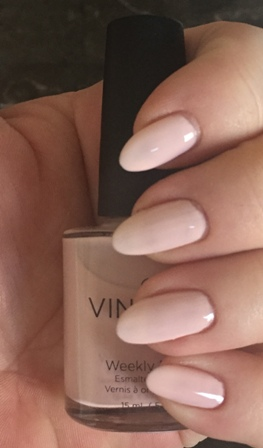 CND Vinylux Winter Glow Swatch