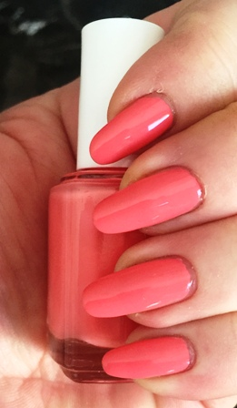 Essie Lounge Lover Swatch - Thick Coats