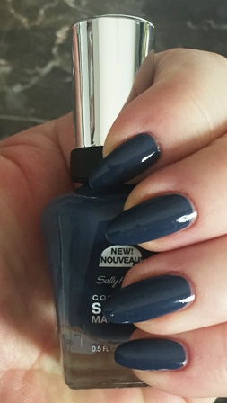 Sally Hansen Complete Salon Manicure Bluphoria Swatch - 1 Coat