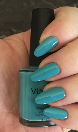 CND Vinylux Aqua-Intance Swatch - Perfect