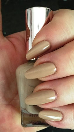 Sally Hansen Color Therapy Chai On Life Swatch