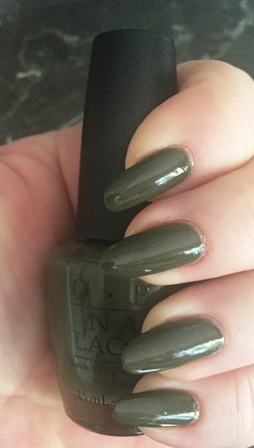 OPI Suzi - The First Lady Of Nails Swatch