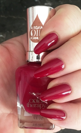Sally Hansen Color Therapy Ohm My Magenta Swatch
