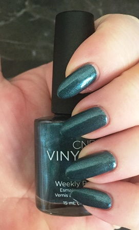 cnd-vinylux-fern-flannel-swatch